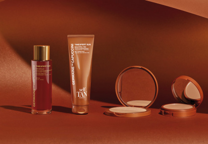 HI-PROTECTION MAKE-UP DISPLAY